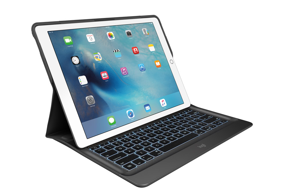 iPad 2018 with Logitech tablet keyboard